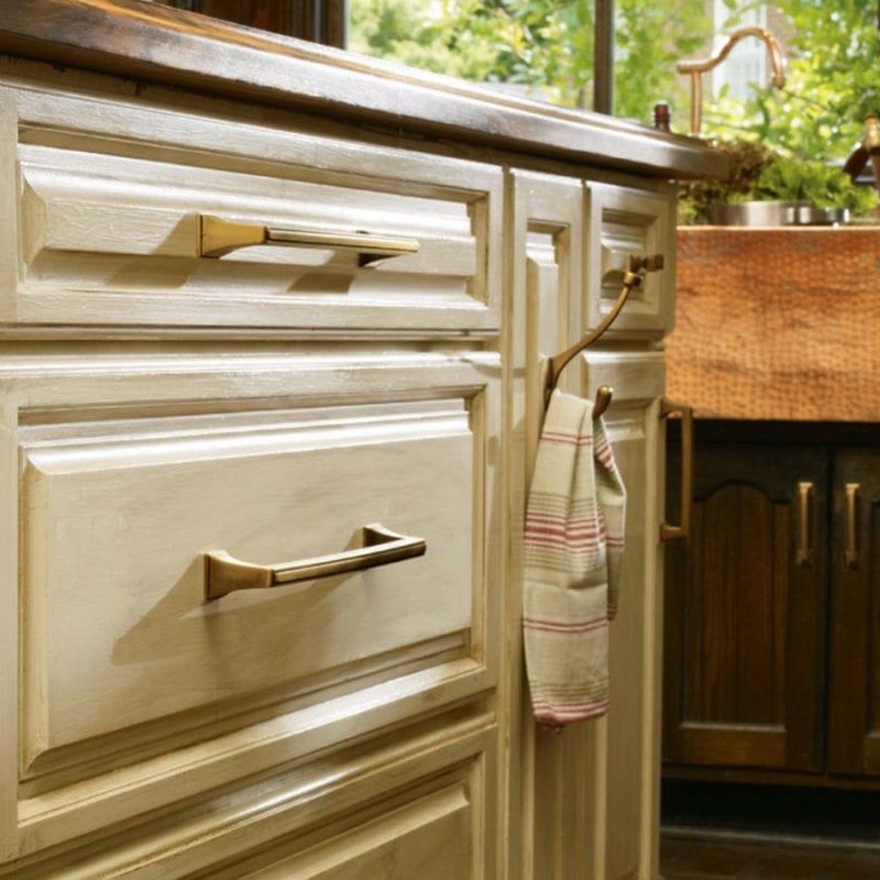 Cabinet & Door Hardware